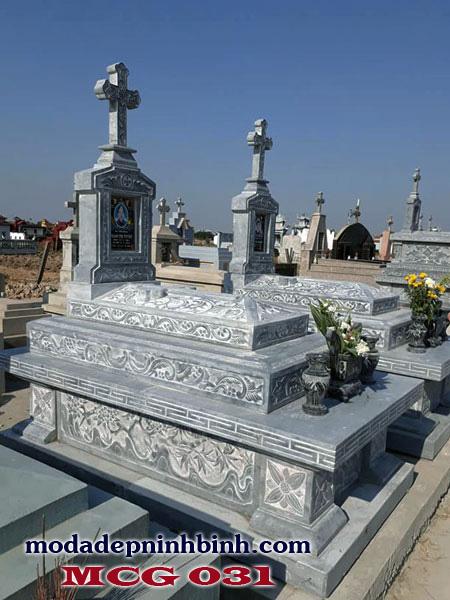 Hình ảnh những mộ đá công giáo được mọi người sử dụng nhiều